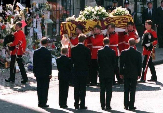 1997年,戴安娜王妃葬礼