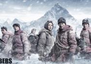 《攀登者》:為國登頂,寸土不讓的中國魂