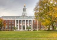 哈佛新生因恶搞表情包被开除