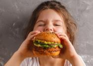 为什么青少年无法抗拒垃圾食品?