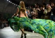 """活力绿色:""""可持续时尚""""引领2020色彩风潮"""